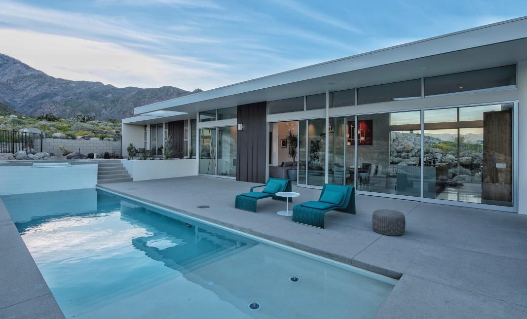 idée aménagement foyer de piscine