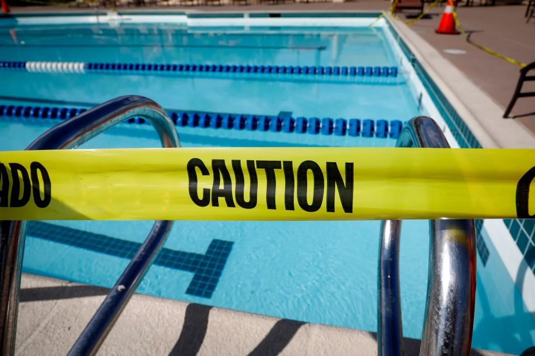menace piscine